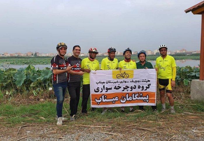 دوچرخهسواران مینابی مسیر ۳۸۴ کیلومتری را رکاب زدند